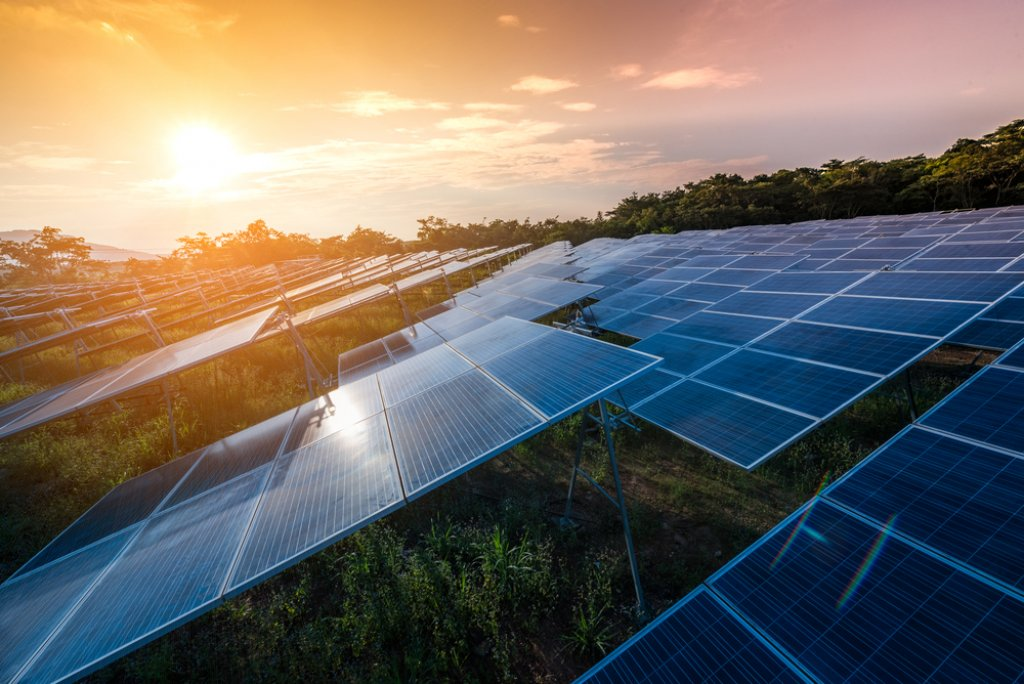 pripojiť solárny panel do domu